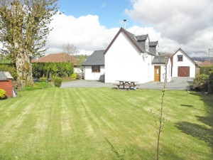 Riverbank Cottage & The Hayloft, Lochyside, Fort William, PH33 7NY