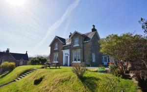 Lochvoil House & Bothy, Dunuaran Road, Oban, PA34 4NE