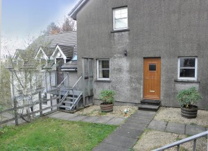 Flat 2, 4 Argyll Road, Fort William, PH33 6LF