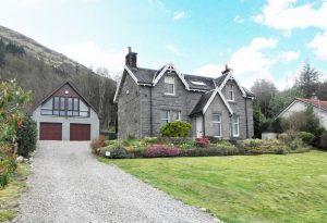 Hunter's Lodge, Lettermore, Ballachulish, PH49 4JD