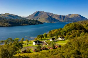 Loch Leven Chalets & Camus Na Heiridhe,  North Ballachulish, PH33 6SA