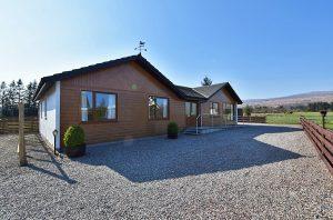 Aonach Mor Lodge, Lochyside, Fort William, PH33 7NX