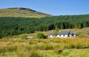 1 & 2 Arinabea Cottages, Glen Lochy, Tyndrum, FK20 8SB